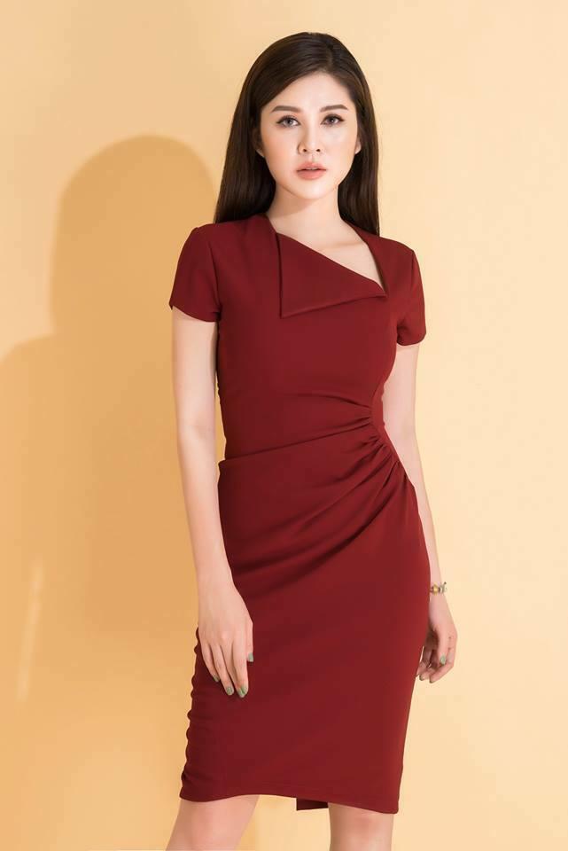 Đầm công sở thiết kế cách điệu màu đỏ