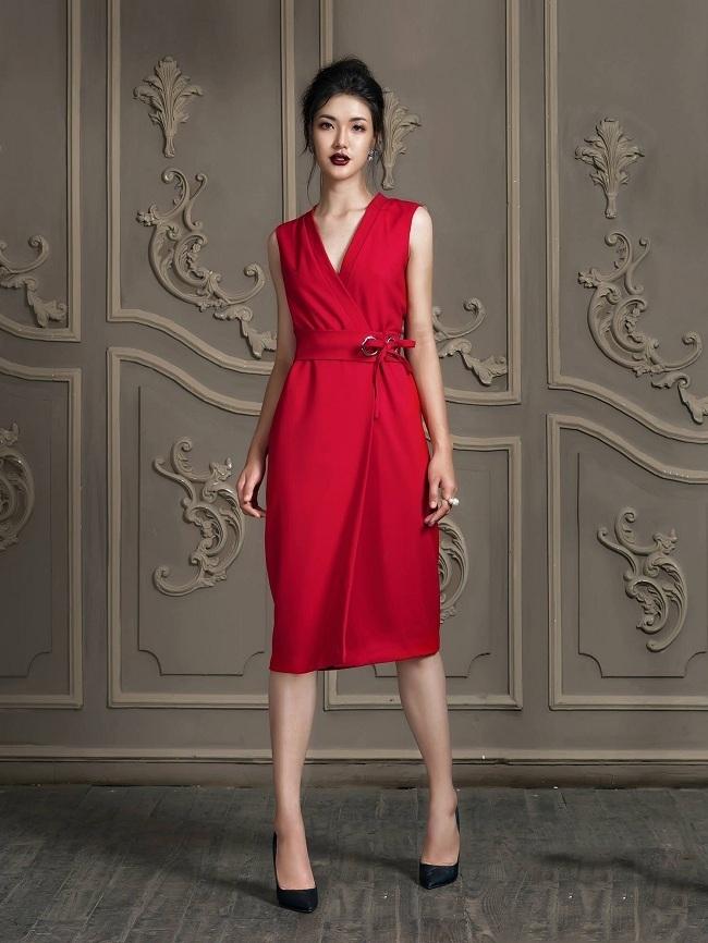 Đầm giả vest tà đắp kèm belt màu đỏ
