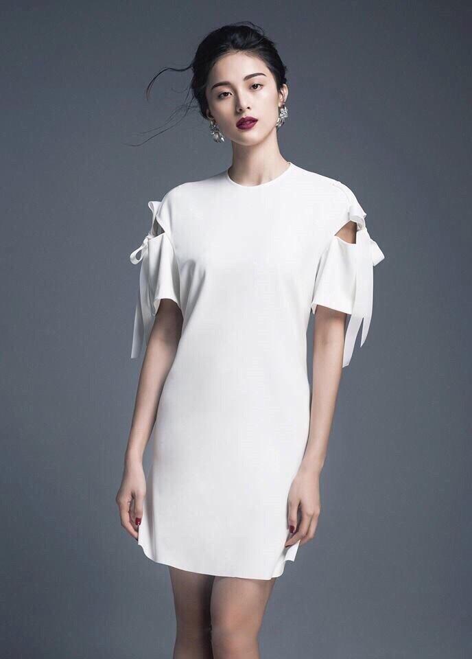 Đầm suông chữ a thắt nơ xinh màu trắng như hạ vy  - đầm suông nơ