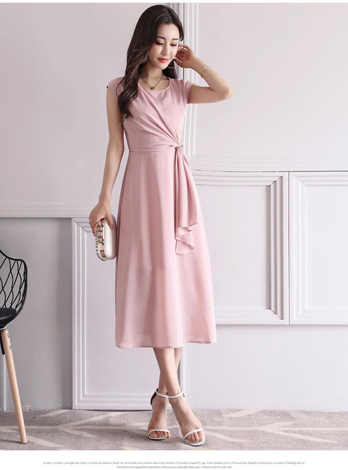 Đầm voan tơ xòe bèo trước màu hồng dễ thương