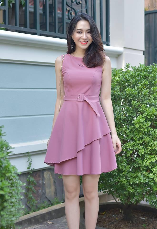 Đầm xòe 2 lớp kèm belt màu hồng dễ thương