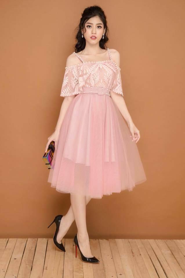 Đầm xòe công chúa rớt dây viền ngọc màu hồng dâu - đầm xòe sát nách