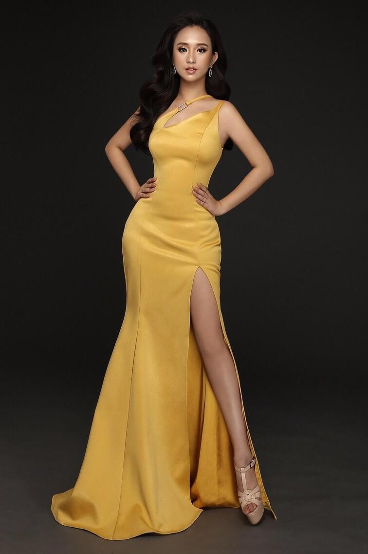 Đầm dạ hội xẻ tà đuôi cá lệch vai quyến rũ