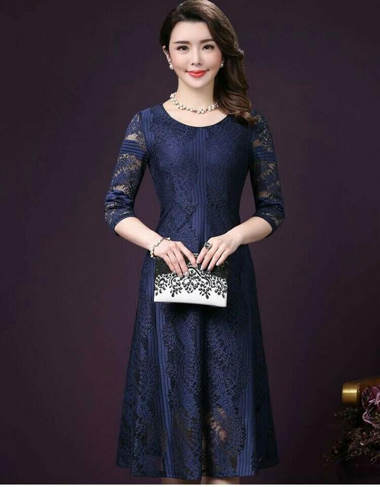 Đầm Xòe ren dự tiệc tay lỡ thiết kế cổ tròn màu xanh